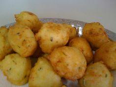 Rice Fritters (Bolinhos de Arroz) - Easy Brazilian Recipes
