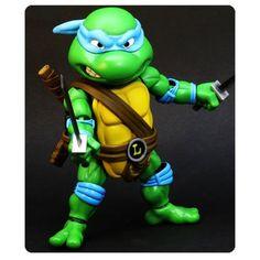 (affiliate link) Teenage Mutant Ninja Turtles Leonardo Hybrid Metal Figuration Die-Cast Metal Action Figure