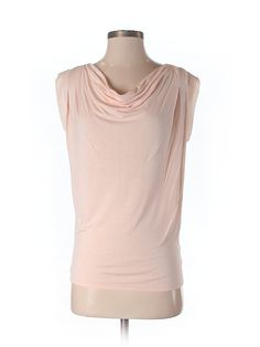Check it out—Express Short Sleeve Top for $11.99 at thredUP!