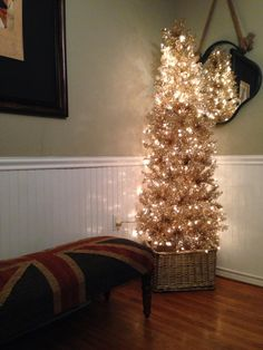 Loyal customer Gwen Fells is already decorating for Christmas. Love the idea of a Christmas tree in a wicker basket!