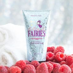 Perfectly Posh / CALLING ALL FAIRIES - EXFOLIATING SPUN SUGAR FACE MASK. Revive dull, tired skin to reveal a dewy, luminous complexion. Glycolic acid gently exfoliates without abrasives, while cranberry and raspberry seed oils feed the skin with essential nutrients, and witch hazel tones. Calling All Fairies also features a light spun sugar and berries fragrance that's out of this world. APPLY a thin layer to clean face and neck, avoiding eye area, then leave on for 5–10 minutes. When you're…