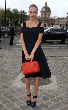 Poppy Delevingne -navy outfit with red bag and red lipstick