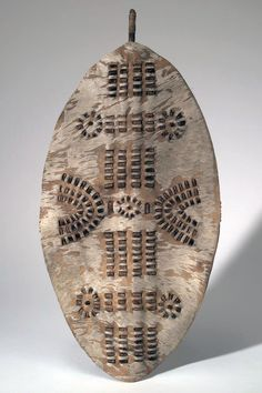 Africa | Shield from South Africa; possibly Zulu people | Wood, hide and fur | ca. 1869 - 1890