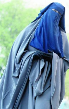 Beautiful Muslimah in Blue Jilbab and Niqab Arab Girls Hijab, Girl Hijab, Muslim Girls, Niqab Fashion, Muslim Fashion, Muslim Wedding Dresses, Dress Wedding, Islam Women, Hijab Niqab