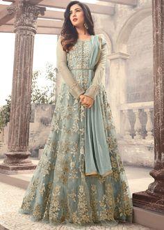 Looking to buy Anarkali online? ✓ Buy the latest designer Anarkali suits at Lashkaraa, with a variety of long Anarkali suits, party wear & Anarkali dresses! Costumes Anarkali, Anarkali Gown, Long Anarkali, Floor Length Anarkali, Indian Anarkali, Indian Salwar Kameez, Eid Dresses, Pakistani Bridal Dresses, Bridal Anarkali Suits