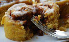 Slow Cooker Pumpkin Pie Cinnamon Rolls