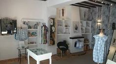 Boutique Art E Perlas en Altea, Alicante Altea, Alicante, Entryway, Boutique, Furniture, Home Decor, Black Pearls, Jewels, Entrance