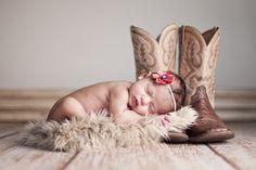 Newborn Gallery | Portrait Photography Studio in Bend, OR | Newborns, Maternity, Families | Jewel Images