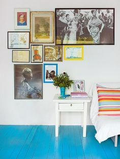 I could get behind the idea of white walls if I had turquoise floors! Bedroom Turquoise, Blue Floor, Creative Colour, Blog Deco, Painted Floors, White Walls, Aqua Walls, Floor Rugs, So Little Time