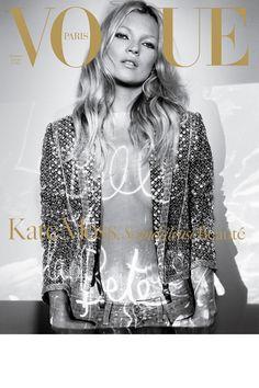 Vogue Paris décembre 2004 / janvier 2005: http://www.vogue.fr/mode/cover-girls/diaporama/kate-moss-en-18-couvertures-de-vogue-paris/4608/image/454817#10