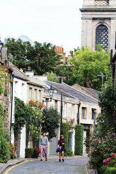 Things to Do in Stockbridge, Edinburgh's Urban Village Stockbridge Edinburgh, Glasgow, Visit Edinburgh, Edinburgh Travel, Scotland Travel, Belgium Europe, Urban Village, Mews House, Edinburgh Scotland
