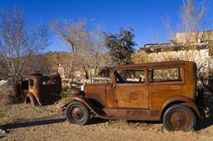 Vintage Cars, Antique Cars, Vintage Trailers, Rusty Cars, Abandoned Cars, Abandoned Vehicles, Arizona Usa, General Store, Route 66
