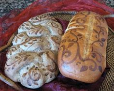 Chef Tess Bakeresse: Basic Bread Painting Technique  What a way to dress up bread!