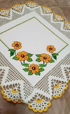 Cross Stitch Art, Cross Stitching, Crochet Borders, Crochet Lace, Embroidery Designs, Lily, Rugs, Creative, Pattern