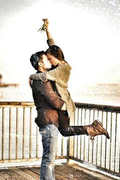 Under the #mistletoe. Super cute! #xmas #couple #love #kiss