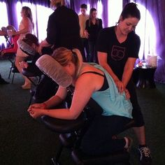 A massage sounds pretty nice right about now! What is your favorite type of #massage? #massagetherapy #bellusacademy