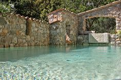 Intimate, stylish and very small indeed. Simple luxury boutique hotels in France and around the world. Swimming Pool Designs, Swimming Pools, Beautiful Pools, Beautiful Places, Hotels In France, Natural Swimming Ponds, Casas Containers, Small Luxury Hotels, Dream Pools