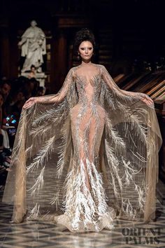 Robert Abi Nader Automne-hiver - Haute couture Robert Abi Nader Herbst Winter - Haute Couture Source by . Dior Haute Couture, Couture Christian Dior, Style Couture, Fashion Art, Runway Fashion, High Fashion, Fashion Show, Fashion Design, Net Fashion