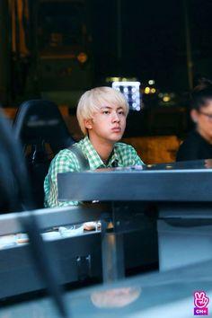 Behind the scene Jin Kim, Bts Jin, Bts Bangtan Boy, Bts Boys, K Pop, Kdrama, Taehyung, Bts Bon Voyage, Mnet Asian Music Awards