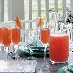 Sparkling Sea Breeze recipe, a fun twist on the mimosa (cranberry juice, grapefruit juice, vodka, and sparkling white wine)