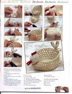 Christmas Crochet Patterns Part 2 - Beautiful Crochet Patterns and Knitting Patterns Crochet Birds, Crochet Quilt, Easter Crochet, Crochet Home, Christmas Crochet Patterns, Crochet Flower Patterns, Doily Patterns, Knitting Patterns, Crochet Chicken