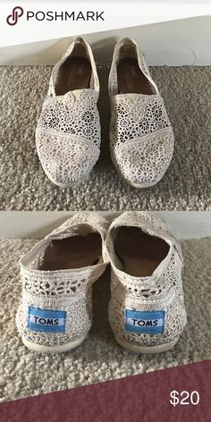 GUC Crochet Toms Only worn a couple times. One has a little bit of blackness on the heel, I tried to show it in the photo. Super cute for summer! TOMS Shoes Flats & Loafers