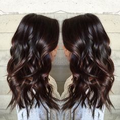 40 top balayage for dark hair black and dark brown hair balayage color 2019 guide 026 Balayage Hair Caramel, Brown Hair Balayage, Hair Color Balayage, Blonde Highlights, Haircolor, Fall Highlights, Hair Color And Cut, Brown Hair Colors, Black Colored Hair