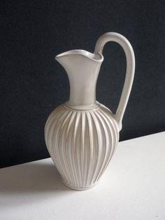 Vase/ Blomstervase/ Kande/ Blomsterkande, Eslau - 23/1, Flot gl. vase fra Eslau. I perfekt stand.  Højde: 24 cm.