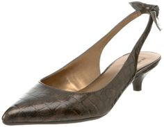 again low heel... perfect for long days at work... and tall women... ;)