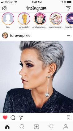 Rocking the pixie. Rocking the pixie. Short Grey Hair, Short Hair Cuts, Short Hair Styles, New Hair Do, Great Hair, Silver White Hair, Short Sassy Haircuts, Corte Y Color, Pixie Haircut
