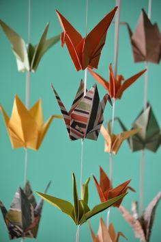 """Guirnalda de grullas de papel - Recompensa proyecto idea.me """"Casa Manita necesita hogar""""  http://ide.la/1z6VY6L #crowdfounding #lovemade"""