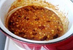 Magyaros chilisbab No Bean Chili, Goulash, Chana Masala, Stew, Beans, Food And Drink, Vegetables, Ethnic Recipes, Cakes