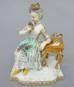 Meissen Figur, Die Sinne - Allegorie 'Der Geruch', Mod.-No. E5, J.C. Schönheit