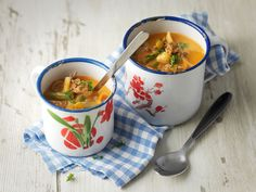 Helppo eväskeitto Cheeseburger Chowder, Soup, Cooking Recipes, Pasta, Ethnic Recipes, Drink, Beverage, Chef Recipes, Soups