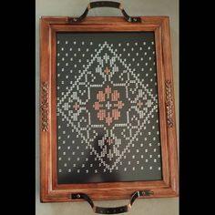 #ferforjeçaytepsisi#çeyiz#hediyelik#tekırma#gümüş#bakır#çaytepsisi# Home Crafts, Copper, Trays, Elsa, Home Decor, Instagram, Cross Stitches, Cross Stitch, Pattern