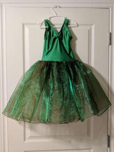 Your daughter will dazzle on stage in this romantic tutu. Worn twice, it's in perfect condition and ready to wear again. Buy used and save big! Green Leotard, Ballet Costumes, Leotards, Tutu, Ready To Wear, Stage, Daughter, Romantic, Formal Dresses
