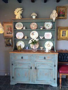 Stunning Welsh Dresser Vintage Oak Shabby Chic Old Charm Antique Display Cabinet