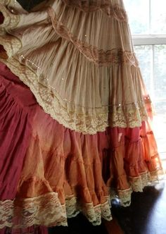 (GYPSY OR PIRATE?) Tea stained dress maxi crochet rust pink ruffles lace gypsy prairie bohemian tribal small by vintage opulence on Etsy Mode Hippie, Bohemian Mode, Bohemian Gypsy, Gypsy Style, Bohemian Style, My Style, Bohemian Skirt, Estilo Tribal, Estilo Hippie