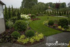 Organic Gardening For Dummies Front Garden Landscape, Lawn And Landscape, Landscape Plans, Outdoor Landscaping, Front Yard Landscaping, Outdoor Gardens, Rogers Gardens, Professional Landscaping, Garden Borders