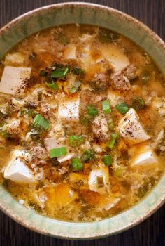 Hot and Sour Soup Recipe (The best hot and sour soup recipe known to man. None of the gloppiness of usual Chinese takeout.) (Hot And Sour Soup Recipes) Asian Recipes, Healthy Recipes, Chinese Recipes, Chinese Food, Soup Recipes, Cooking Recipes, Hot And Sour Soup, Asian Soup, Think Food