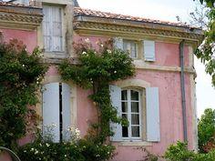 www.eyefordesignlfd.blogspot.com  La Vie En Rose....Pink Interiors, Exteriors, and Other Lovelies