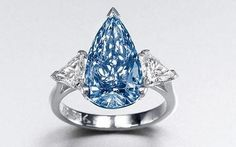 Dazzling Price for a Rare Blue Diamond Ring