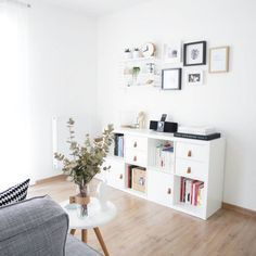 The IKEA Kallax collection Storage furniture is an important element of any home. Fashionable and wonderfully simple the shelf Kallax from Ikea , for ex Ikea Shelving Unit, Hay Design, Ikea Inspiration, Ikea Living Room, Best Ikea, Inside Home, Home Bedroom, Bedroom Office, New Room