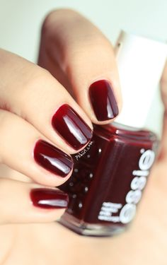 Essie Skirting the Issue Hair And Nails, My Nails, How To Do Nails, Fall Nails, Deep Red Nails, Burgundy Nails, Deep Burgundy, Essie Nail Polish, Nail Polish Colors