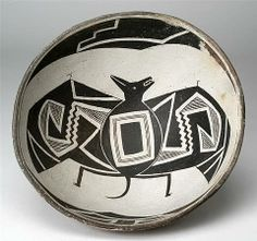 Mimbres Black-on-white (Style III) bowl, ca. 1000-1150 CE Pruitt Ranch Site, Mimbres River Valley, Grant Co., NM