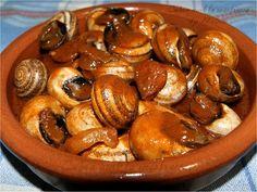 Antipasto, Snails Recipe, Tapas, Pretzel Bites, Sandwiches, Bread, Fruit, Recipes, Food