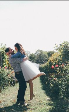 Winery Engagement Shoot. Morganite Engagement Ring. Space 46 Boutique tulle Skirt. Grey tulle skirt.