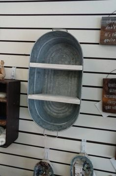 Washtub Bucket Upcycled Hanging Wall Shelf di TheRustyBucketVT