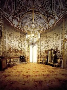 Monumental Apartments in Pitti Palace - Florence, Italy