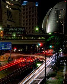 """Jo's Instagram profile post: """"・ またまた以前ポストしたpicの、レタッチで。 レタッチしても大した変わりがないのが残念です。 非常事態宣言解除後すぐの写真なので、ホテルがガラガラで、灯りがないのが寂しい😞  ・ ・ 毎晩 あ、今度はこうやって撮ってみよう この場所から撮ってみよう…"""" Yokohama, Instagram"""